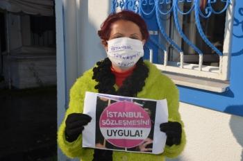 Bodrumlu kadınlar İstanbul Sözleşmesi nöbeti başlattı!