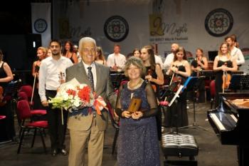 Büyükşehir Genç Piyanistlere İdil Biretle Aynı Sahnede Yer Alma İmkanı Sağlıyor
