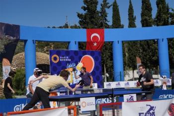 Ödüllü Masa Tenisi Gençlik Kupası'na yoğun ilgi!