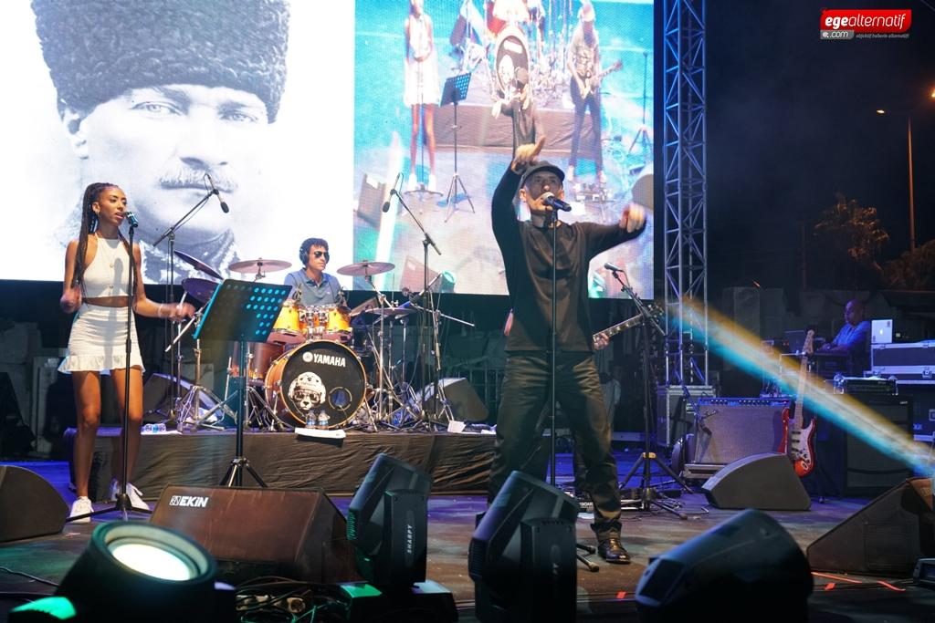 Atatürk aşığı sanatçıdan Bodrum konseri