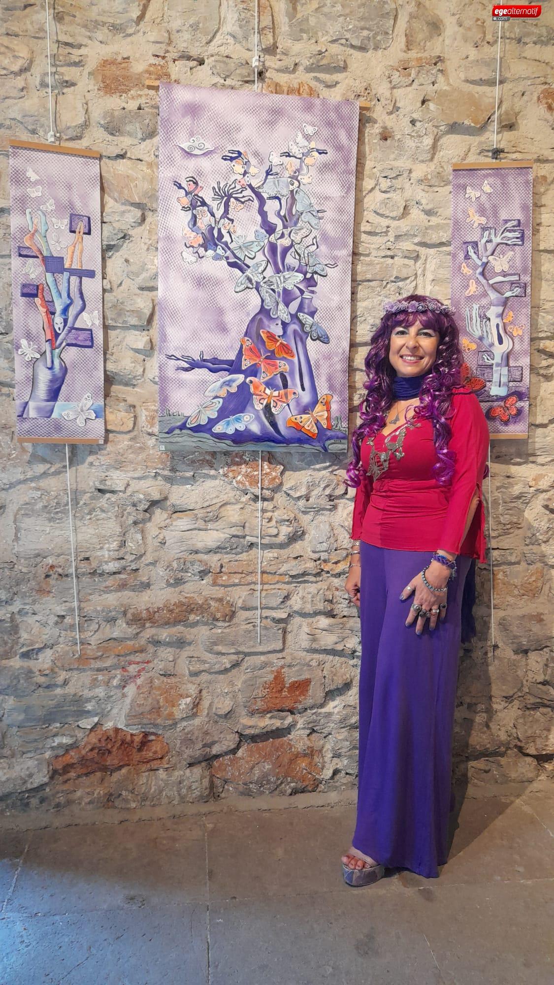 Bodrum'da 'Göç' konulu resim sergisi açıldı