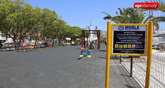 Bodrum Limanında çocuklara özel oyun parkları