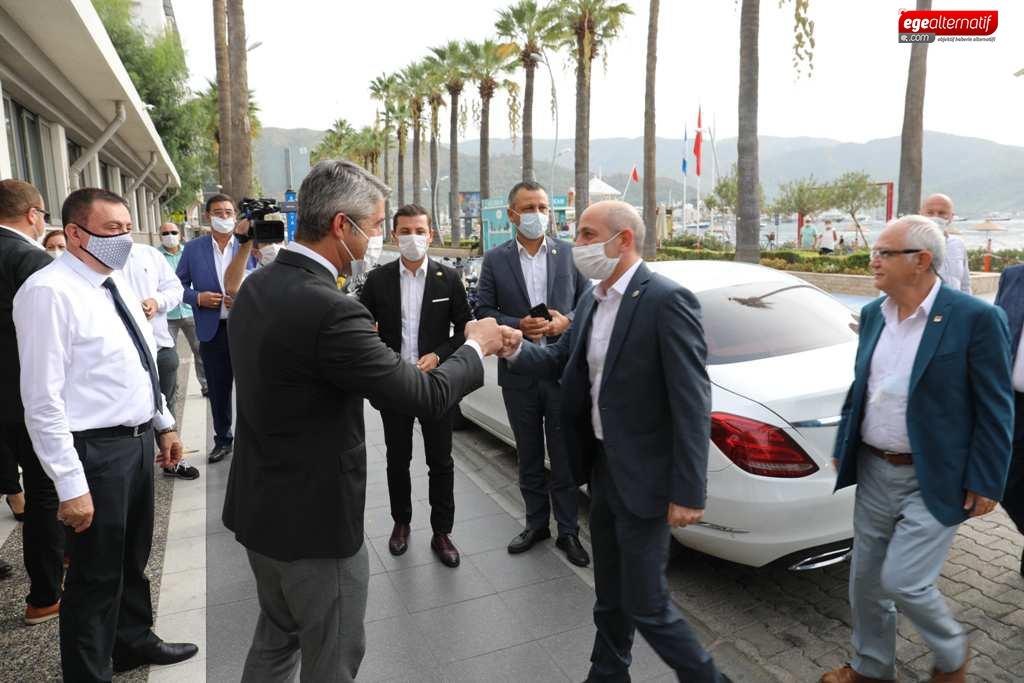 CHP'li Öztunç: ''Bakan Koca beni de kandırdı!''