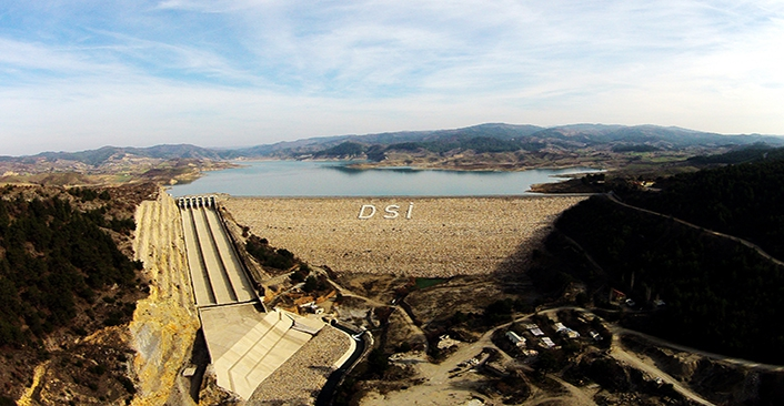 Gördes Barajı'nın iletim hatları yaza tamamlanacak